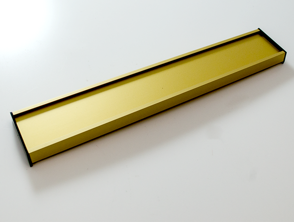 con-34844-wallplate-gold-signage